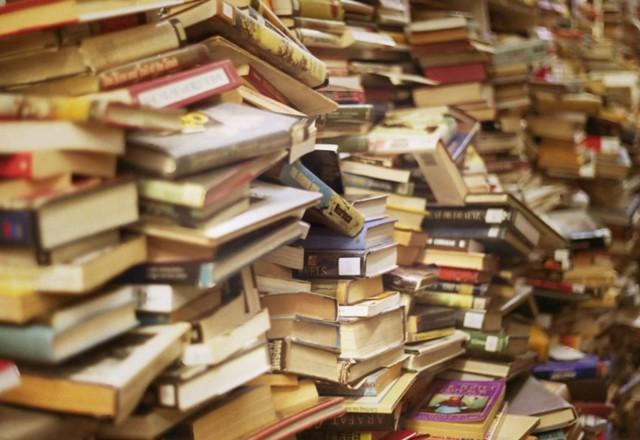 Сдача с макулатуру книг в спб где принимают макулатуру омск